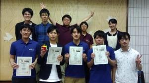 左前方から上野さん、草彅さん、武井さん、菊地さん。サークルメンバーと令和記念大会2019会場にて撮影